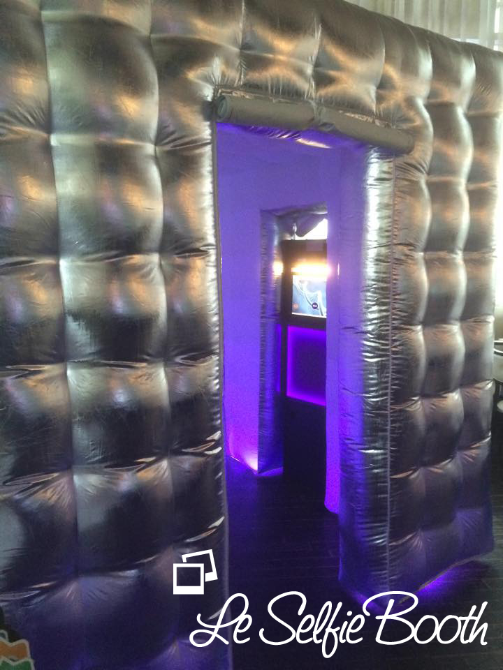 A video booth rental available from Le Selfie Booth.
